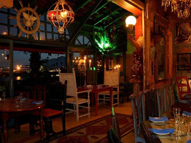 Cape Peninsula Restaurants African Blue Tours