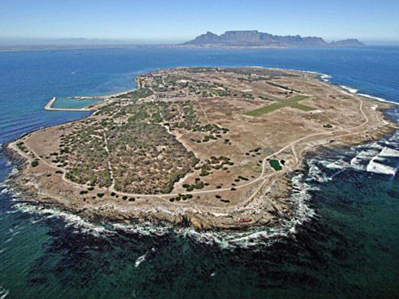 robben island Robben island, cape town, western cape 5,064 likes 39,332 were here robben island is an island in table bay, 69 km west of the coast of.